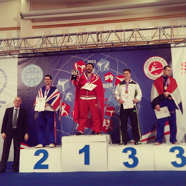 Michel Decian als er den 1. Platz in der Weltmeisterschaft im Pointfighting holte!  #worldchampion #kickboxing #pointfighting #worldchampionship