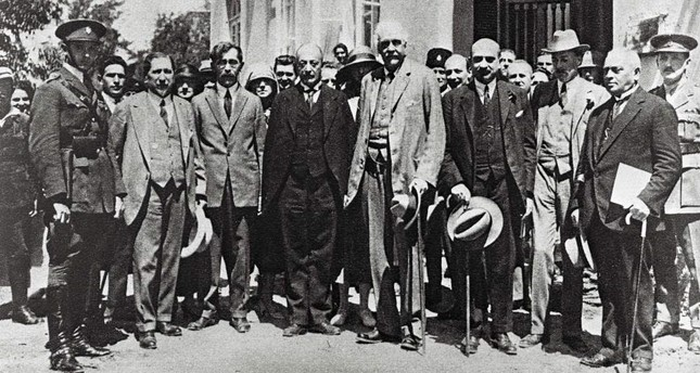 Former British Prime Minister Arthur Balfour (C) and Chaim Weizmann (3rd-R), the then future first Israeli president, visiting Tel Aviv, 1925.