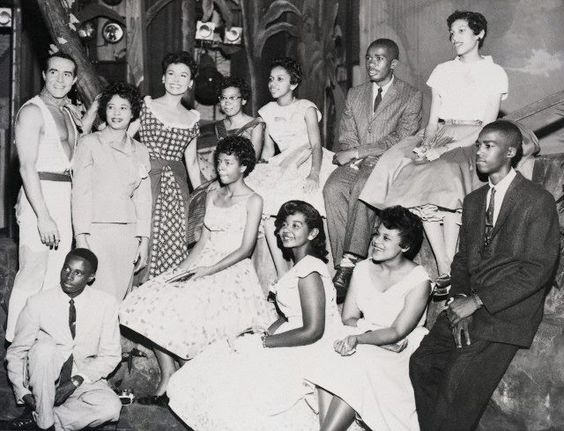 (L to R)       Ricardo Montalban, civil rights heroine Daisy Bates and Lena Horne with The Little Rock Nine