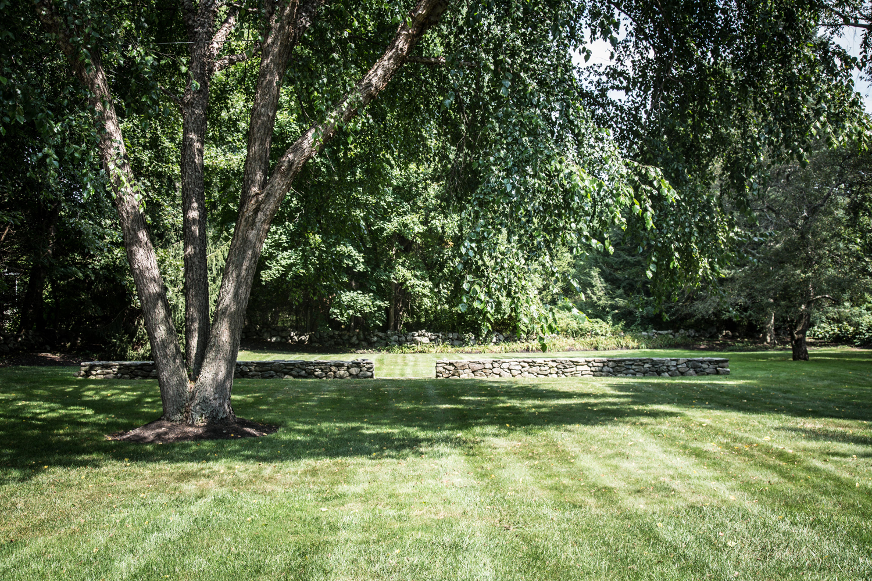 John de Lellis Gardens 16.jpg