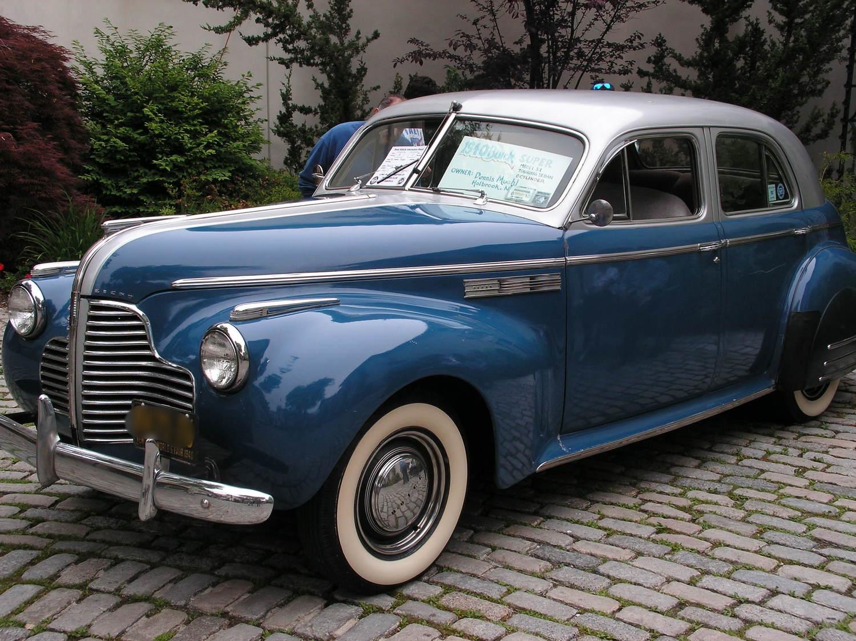 Dennis & Theresa Muehl: 1940 Super Touring Sedan