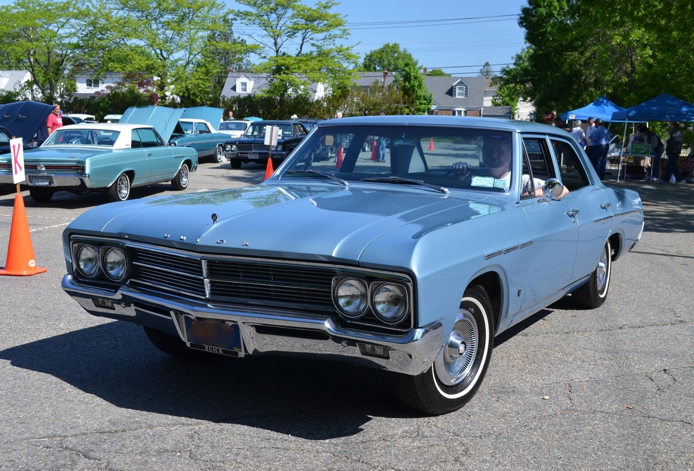 Jeff & Lois Schilling: 1966 Special Sedan