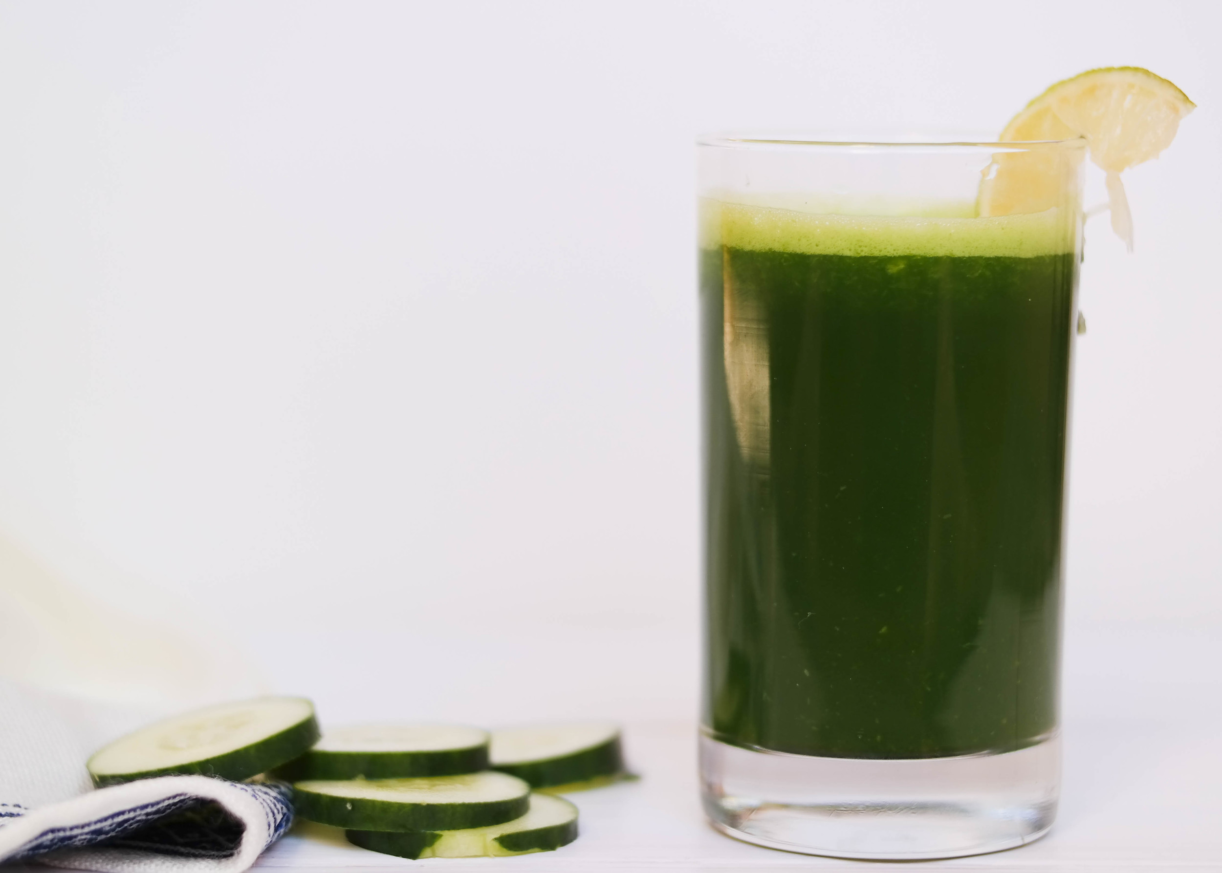 Energizing-Green-Juice | www.8thandlake.com