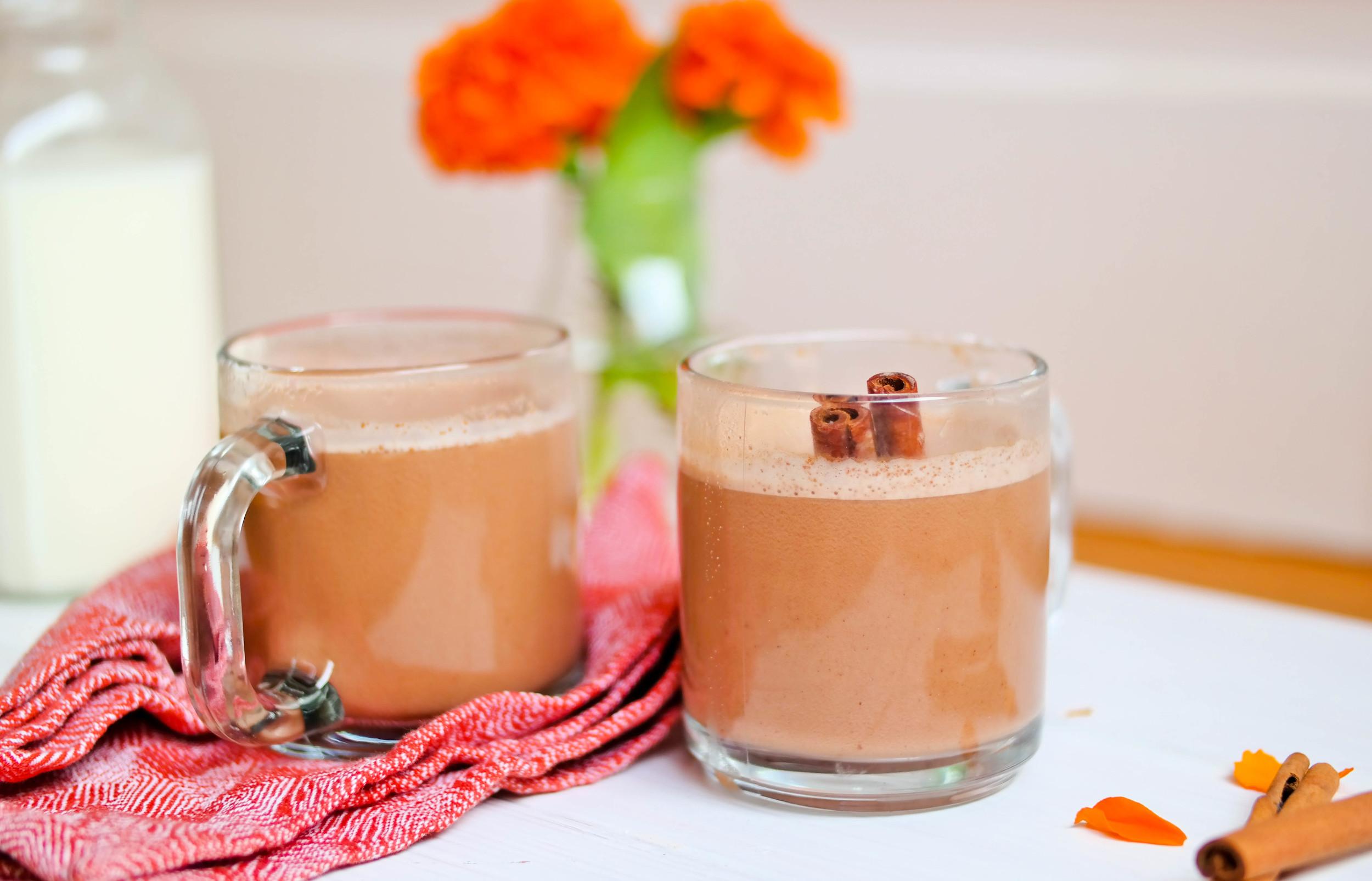 The-Best-Hot-Chocolate | www.8thandlake.com