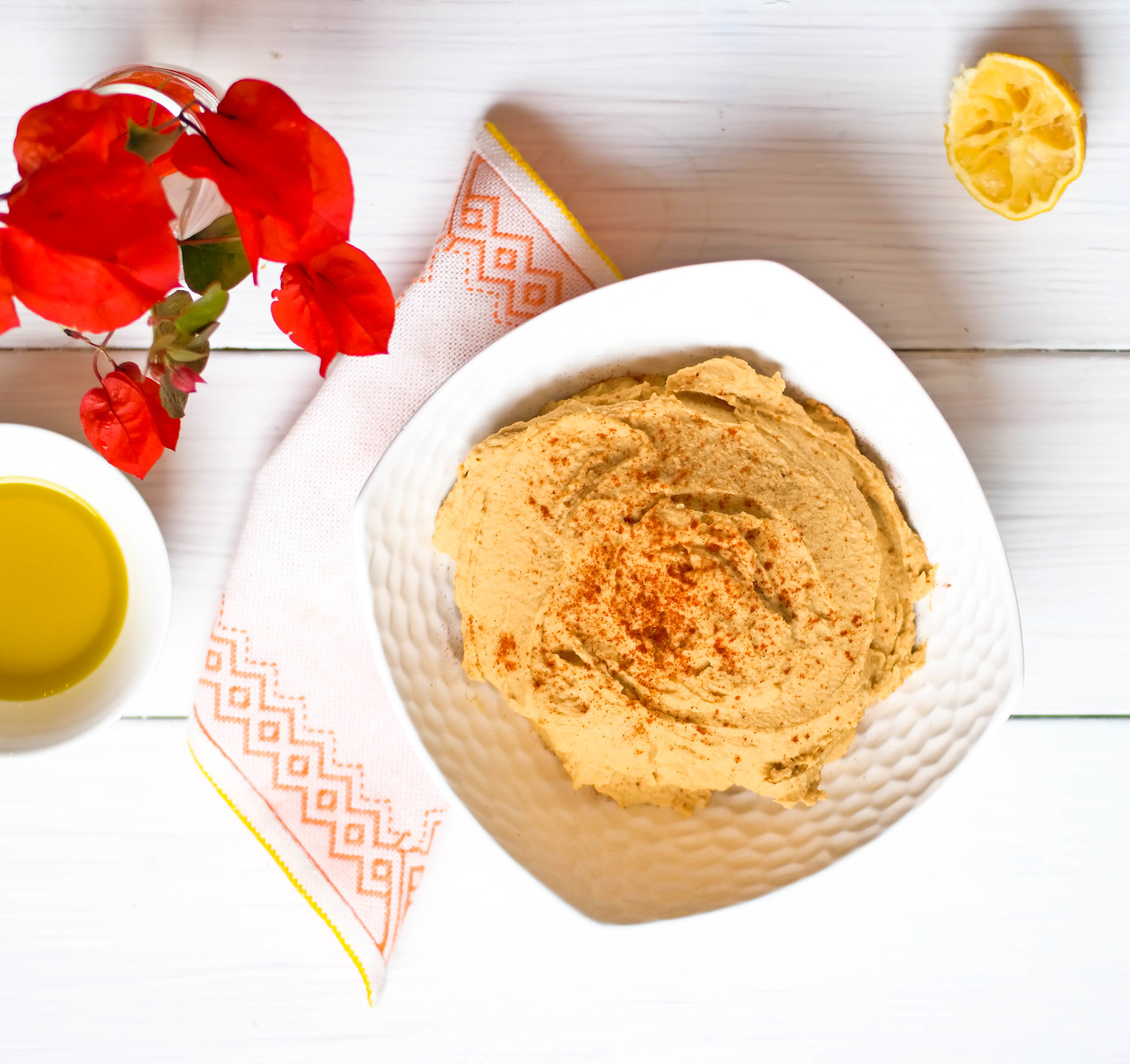 Delicious-Paprika-Hummus | www.8thandlake.com