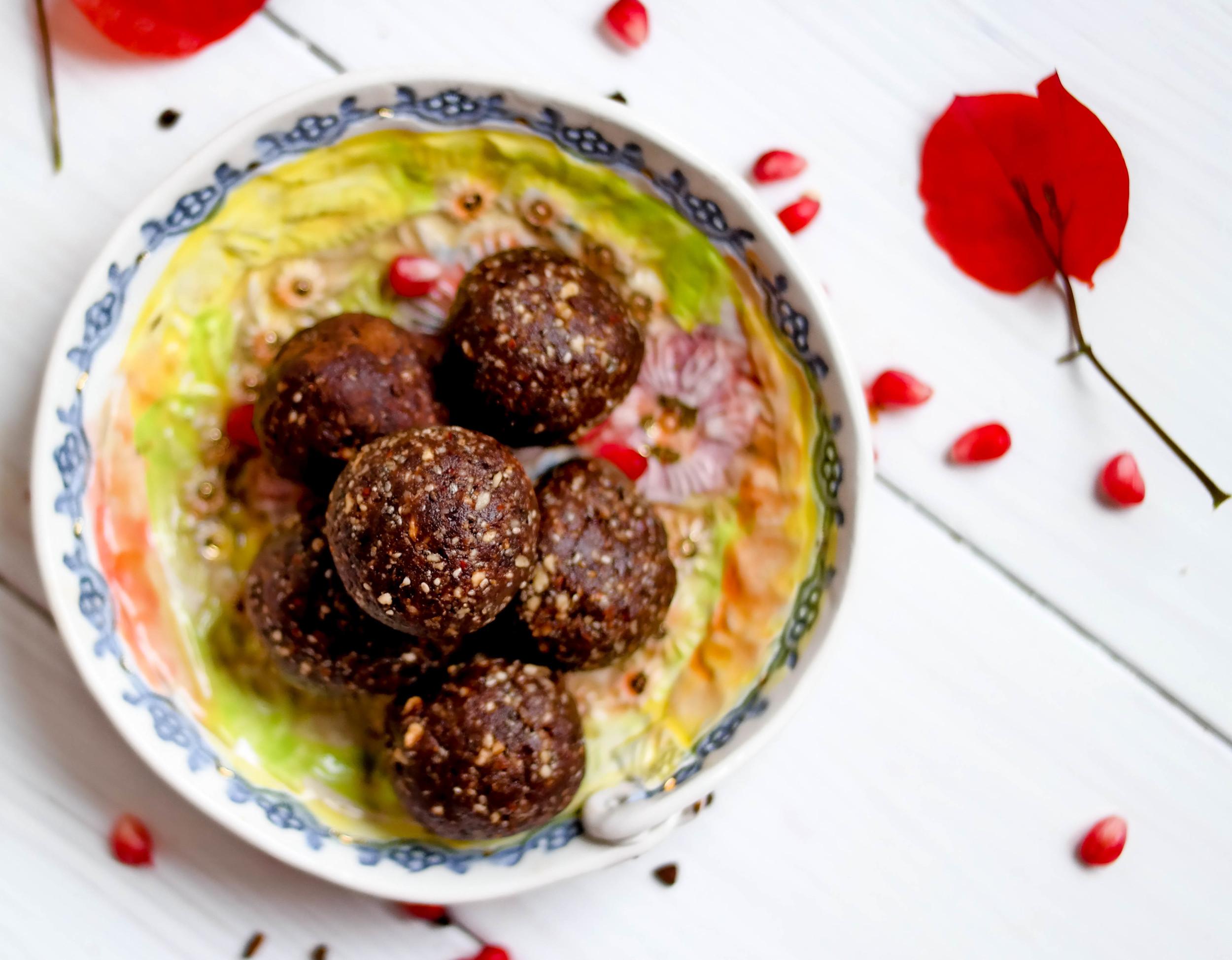 3-Nourishing-Nutella-Balls | www.8thandlake.com