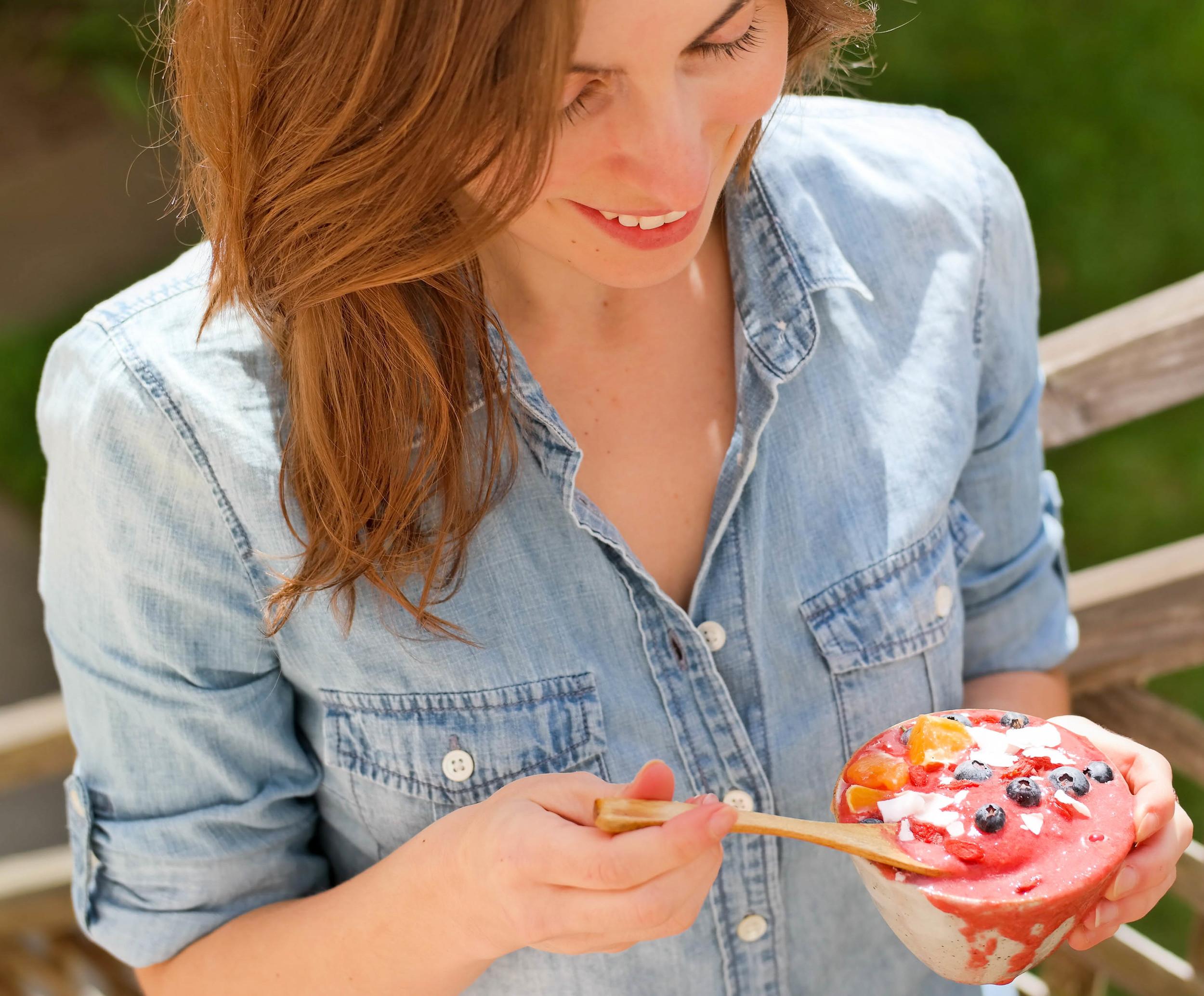 4-A-Cherry-Strawberry-Smoothie-Bowl   www.8thandlake.com