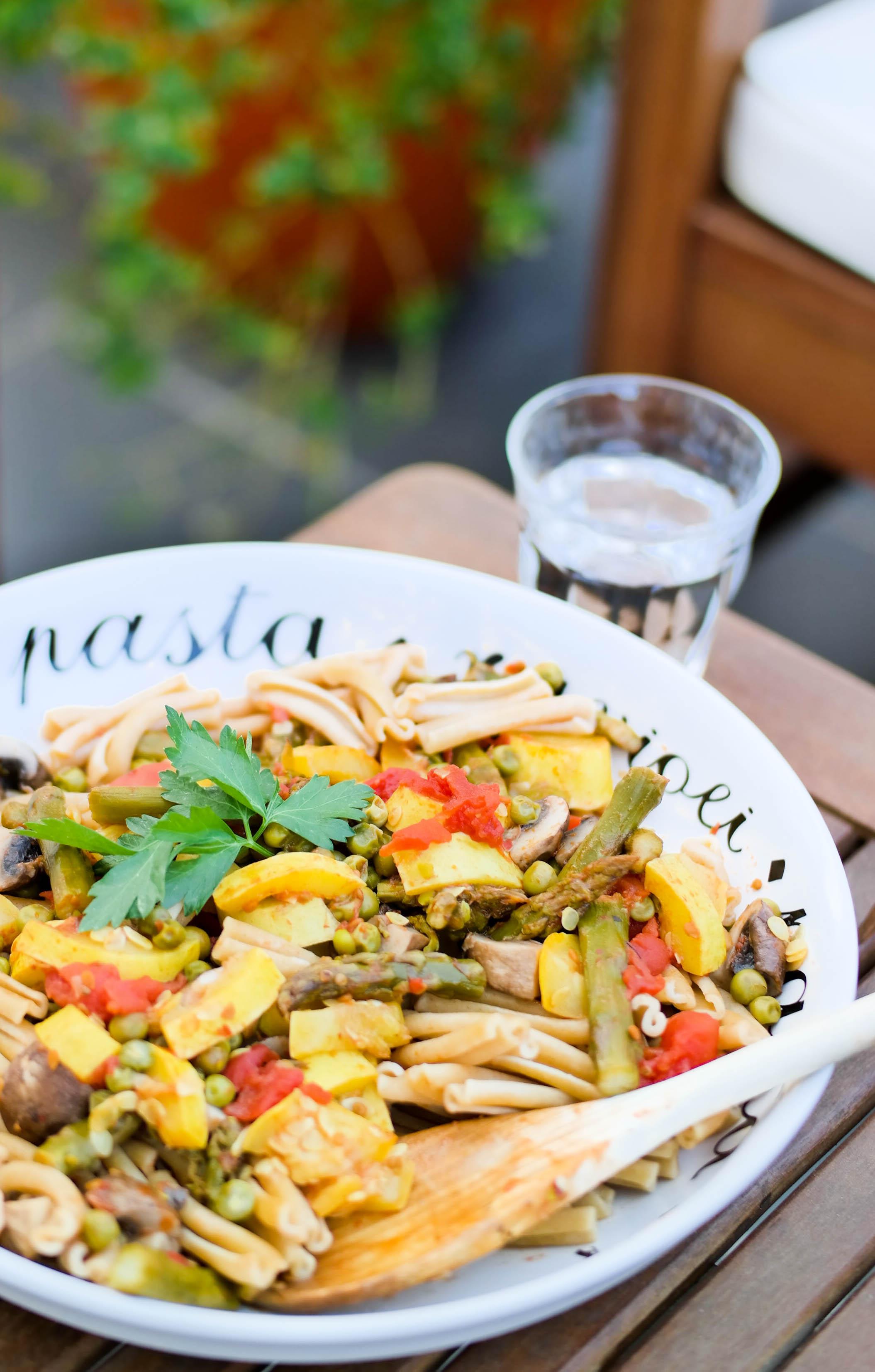 4-Spring-Pasta | www.8thandlake.com