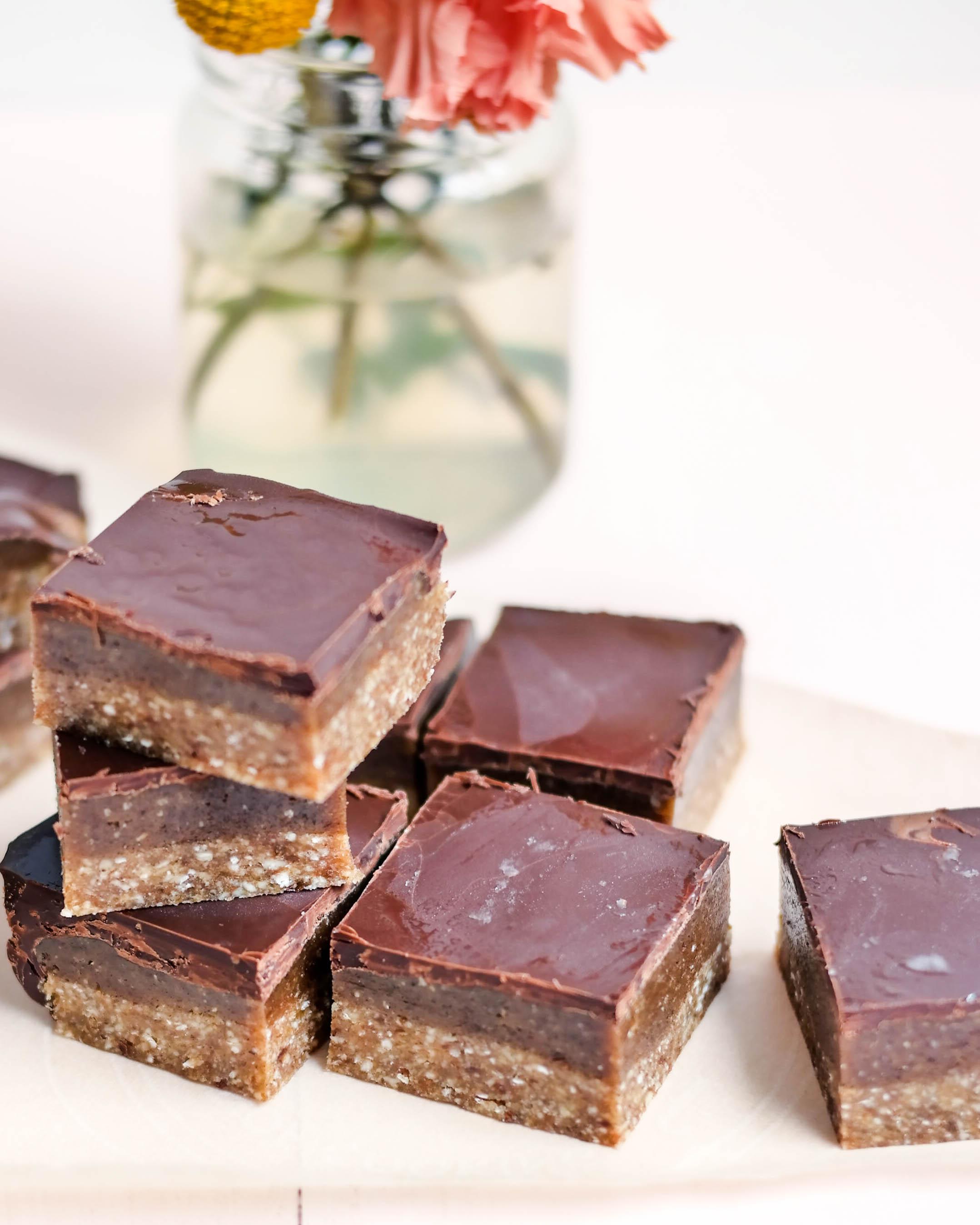 3-Caramel-andchocolate-chunks | www.8thandlake.com