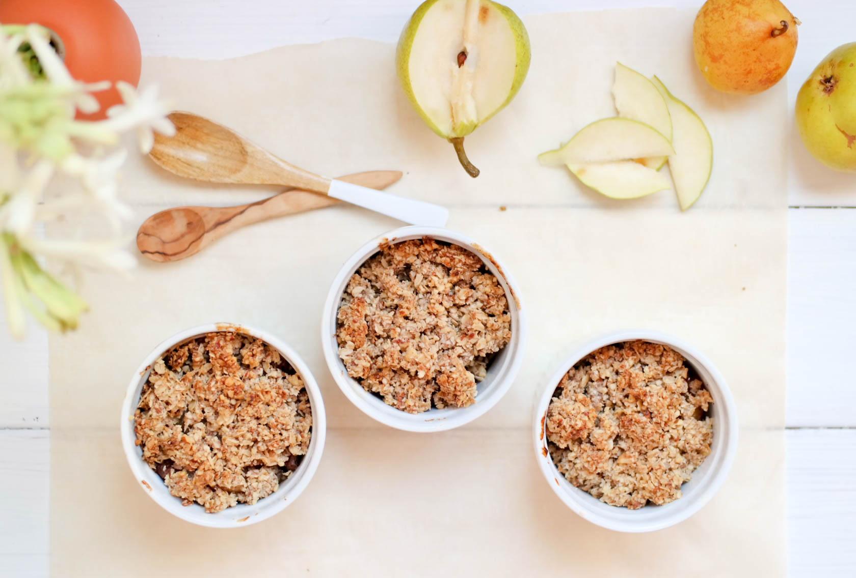 6-Nectarine-and-Pear-Crumble | www.8thandlake.com