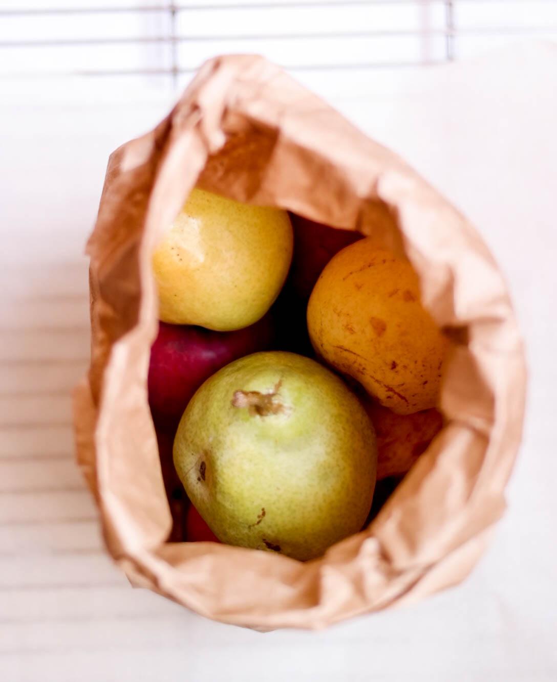 Nectarine-and-Pear-Crumble | www.8thandlake.com