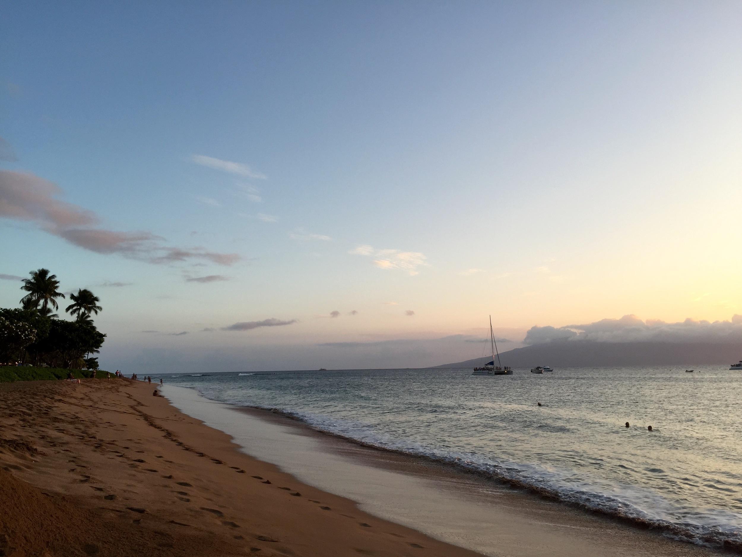 Wednesday-Escape-Maui-Hawaii-www.8thandlake.com