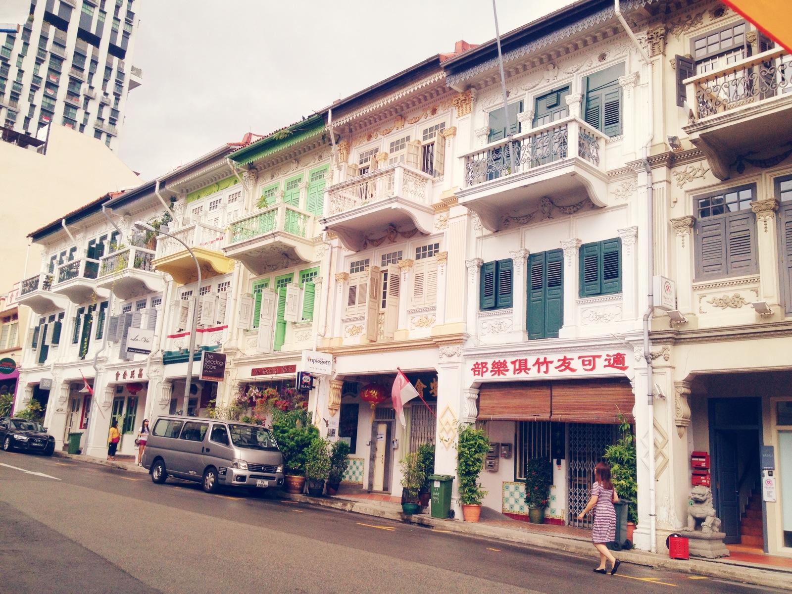 5-Foreign-Kitchens - Singapore | www.8thandlake.com