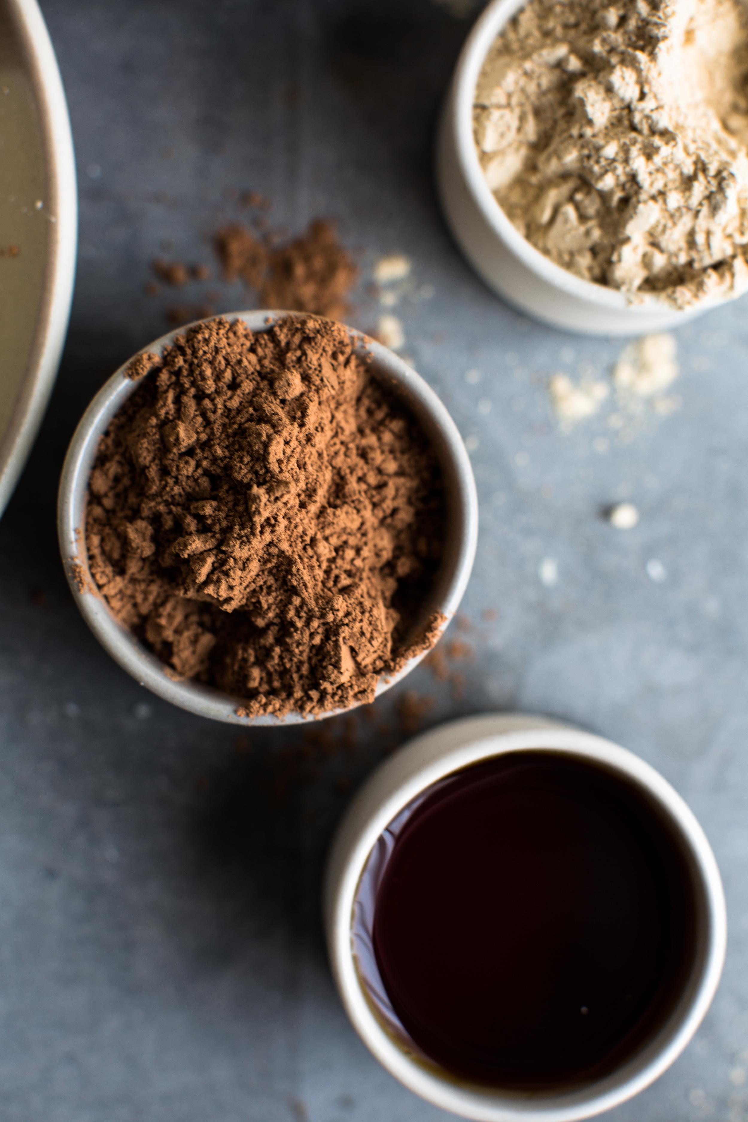 2-5-Ingredient-Peanut-Butter-Cups | www.8thandlake.com