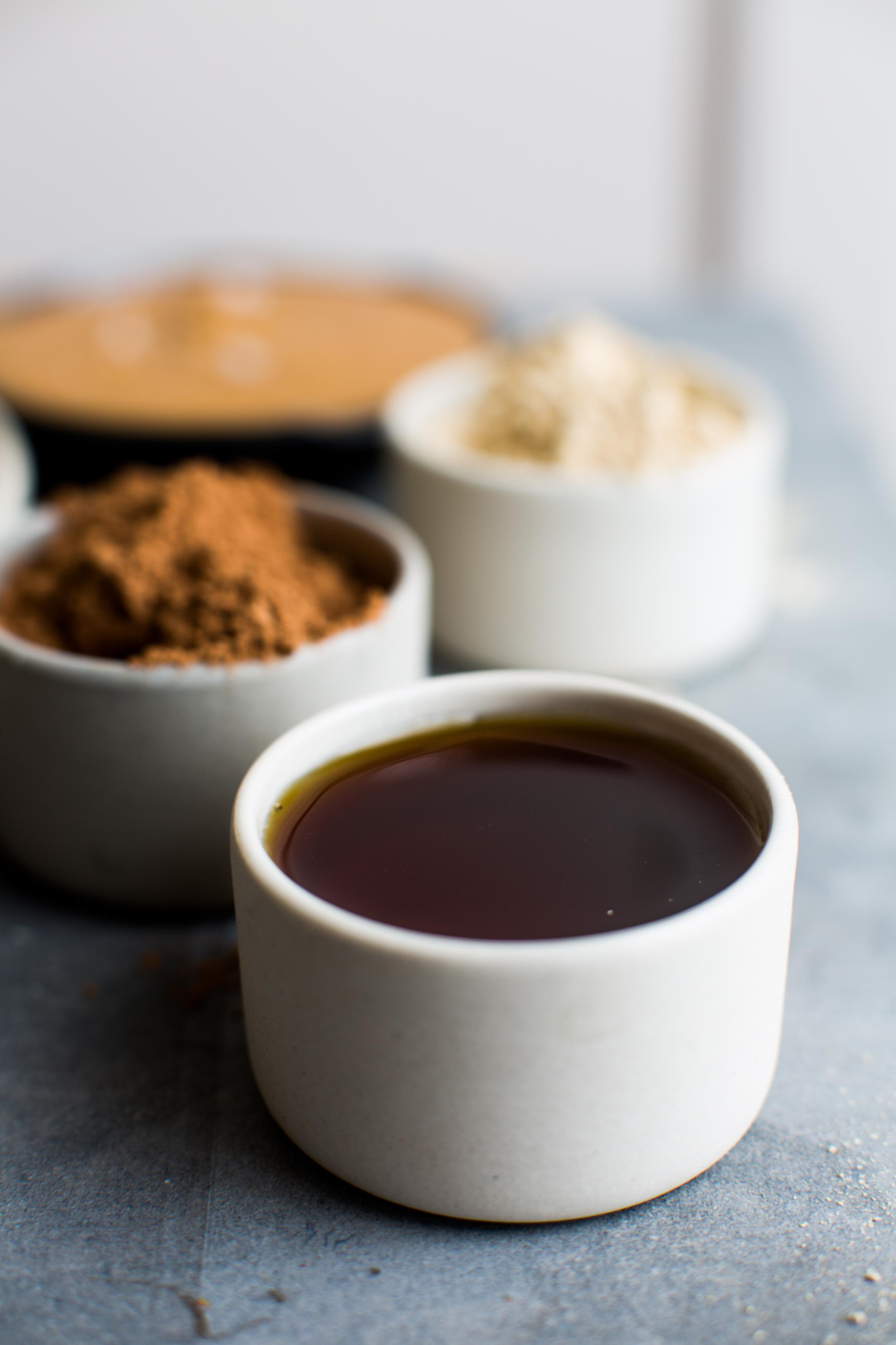 3-5-Ingredient-Peanut-Butter-Cups | www.8thandlake.com