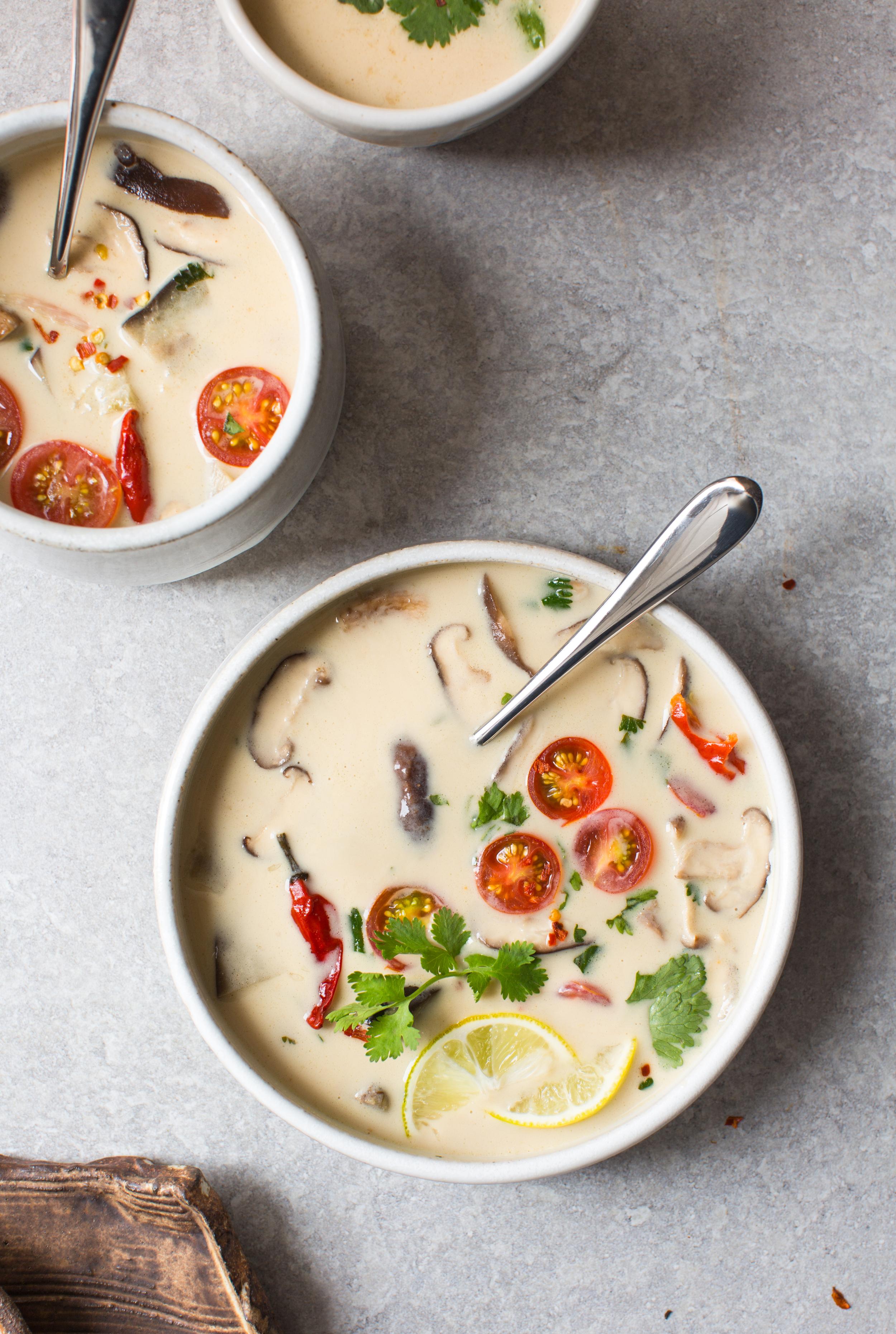 7-Thai-Style-Coconut-Soup -tom-kha | www.8thandlake.com