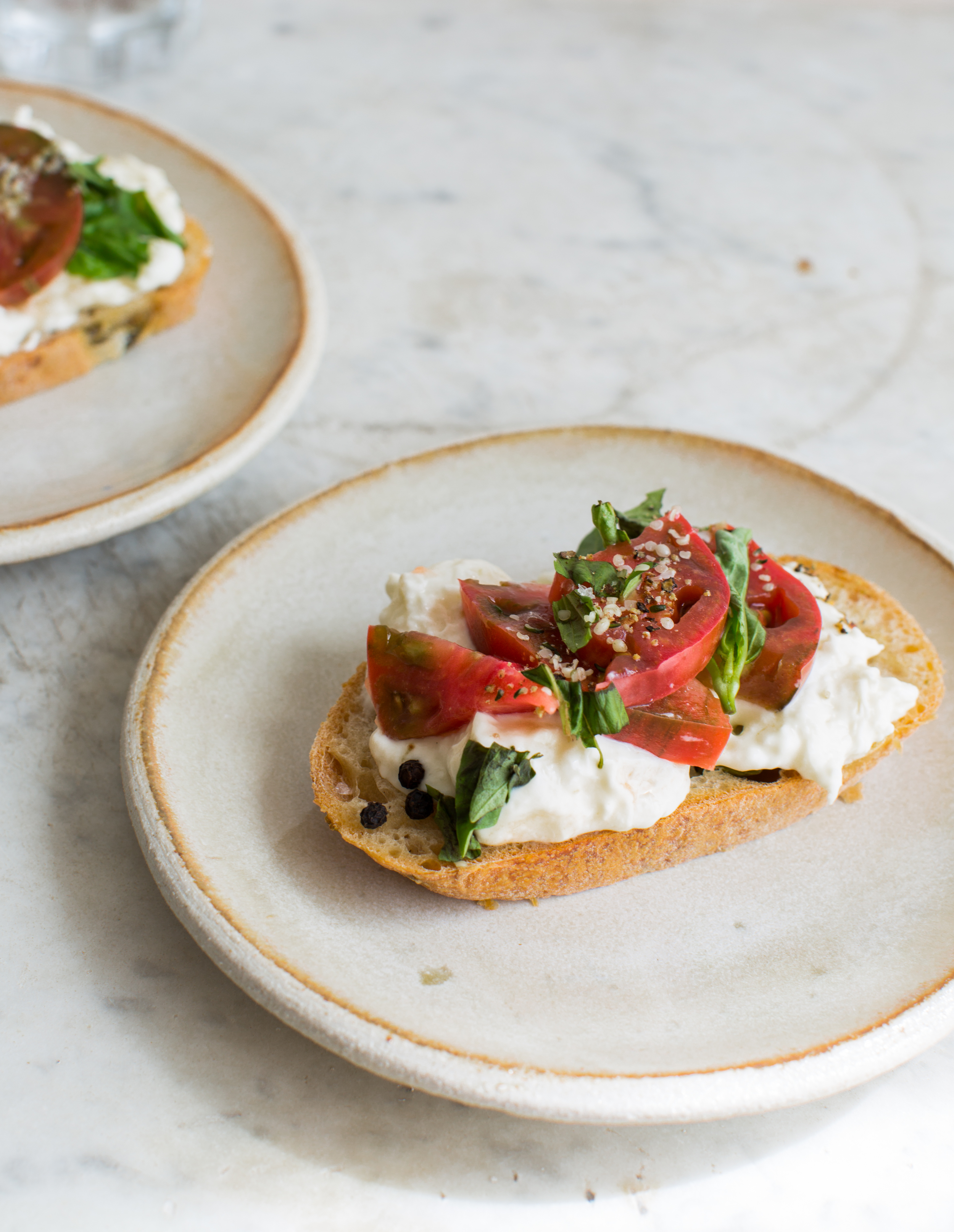 3-Tomato-and-Burrata-Sourdough-Toast | www.8thandlake.com