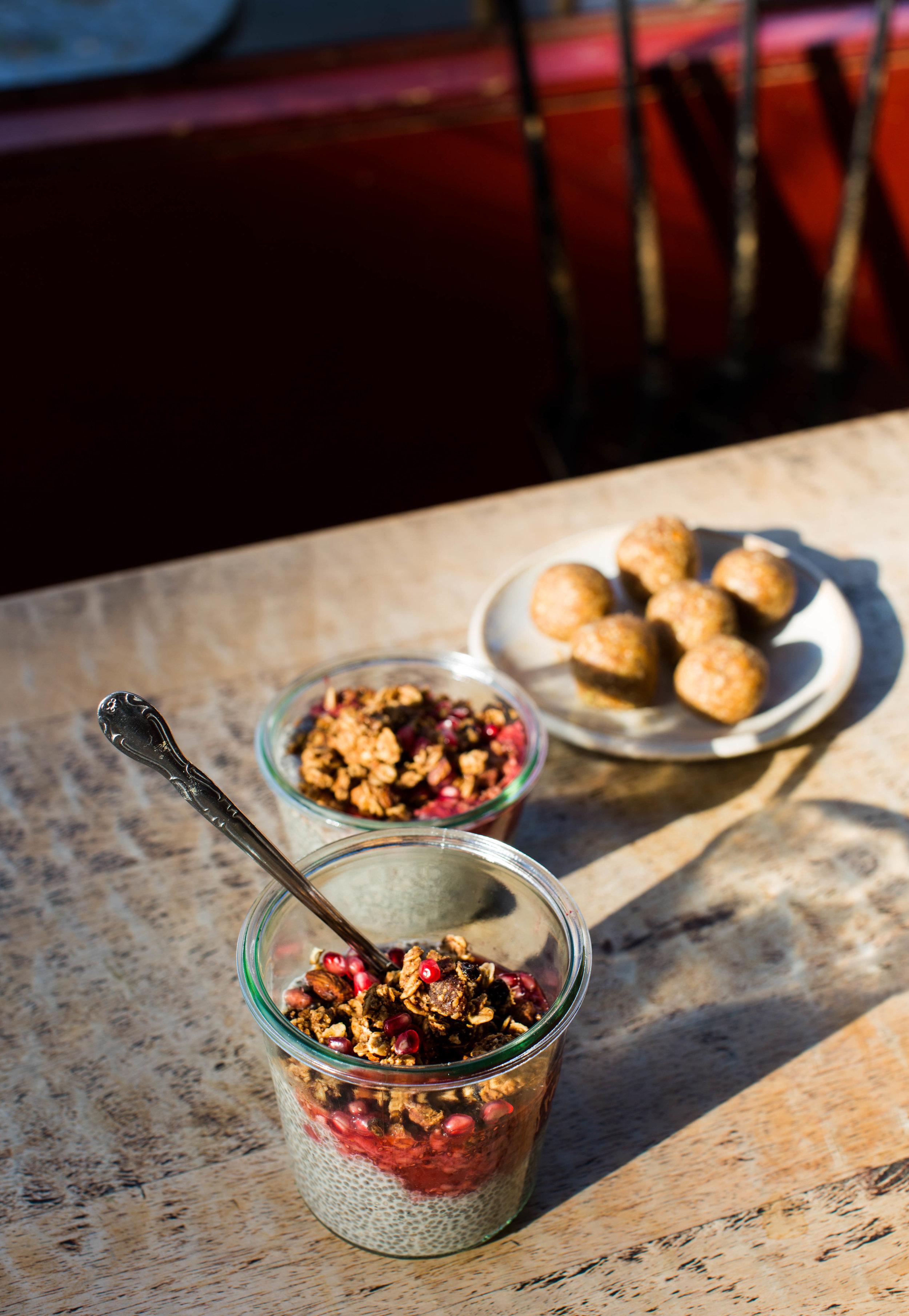 2-Chia-Parfait-Granola | www.8thandlake.com