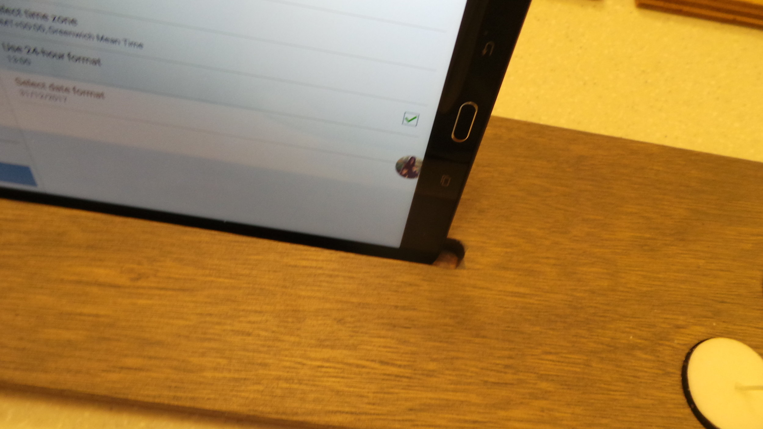 Slot for Tablet or Phone