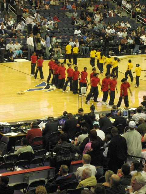 DC's REACH YOUR PEAK STUDENTS @HALFTIME - WIZARDS?NBA