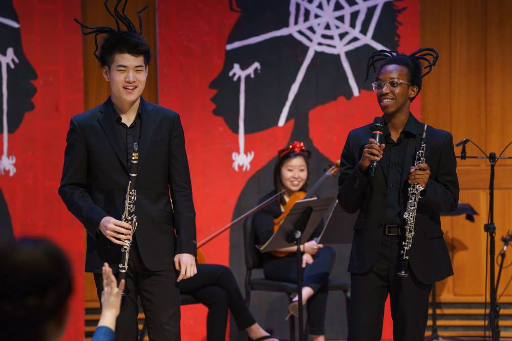 Clarinettist Yan Liu and oboist Mekkhi Gladden play a musical game with the audience.