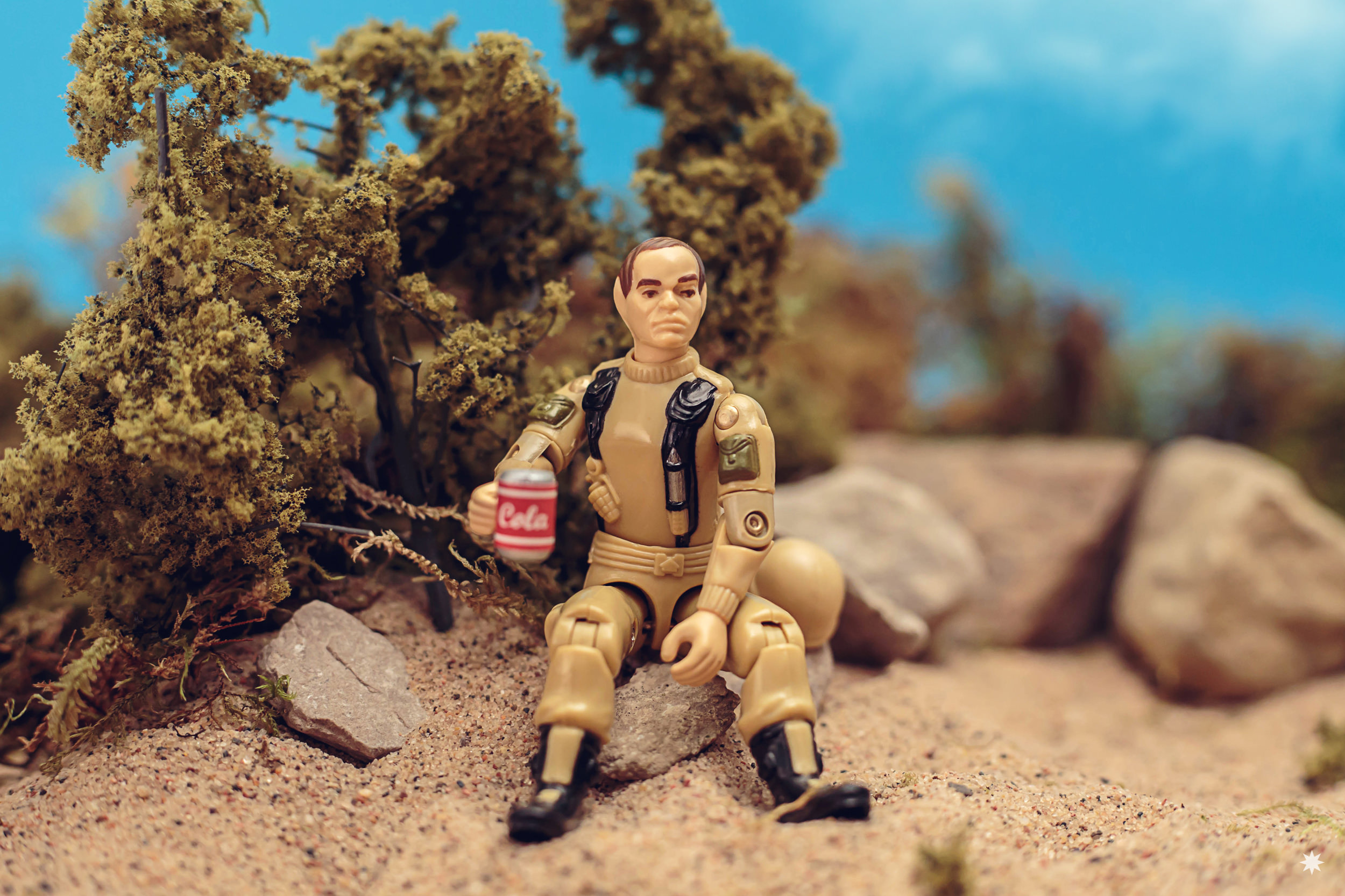 go-joe-grunt-cola-diorama-pizzabox-toy-photo-photography-action-figure.jpg