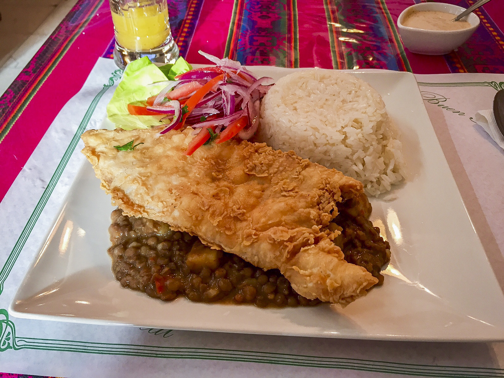 Course 2: Fried fish with lentils and rice