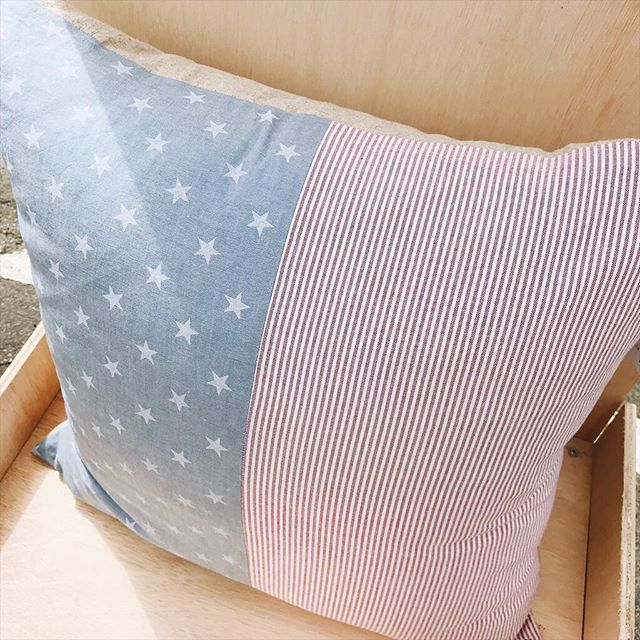 I have one beautiful flag 🇺🇸 euro pillow left!! Perfect for Memorial Day & 4th of July 💥 . . . . #decorlove #thatsdarling #lumbarpillow #hygge #denimpillow #rockbrookvillage #etsyshop #throwpillowcover #rockbrookvillagecraftfair #etsyseller #pillowlover #smallbusiness #cowhidepillow #interiordesign #pillowlove #interiorinspo #throwpillows #nebraskagram #smallbiz #throwpillowsfordays #homesweethome #machinewashable #midwestisbest #omahaevents #thesablefox #softpillows #4thofjuly #usapillow #redwhiteandblue #flagpillow