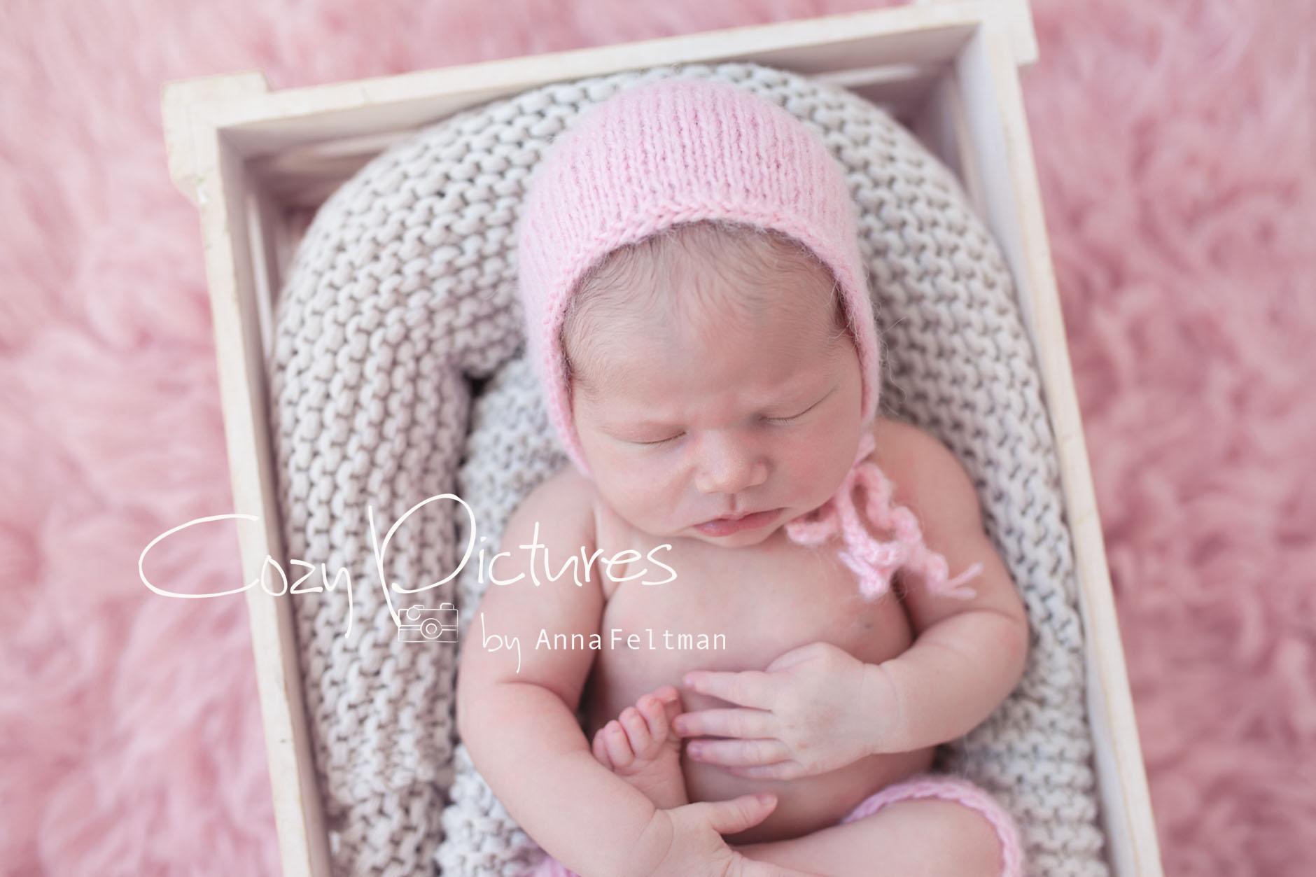 Newborn_Orlando_3_cozy_pictures.jpg