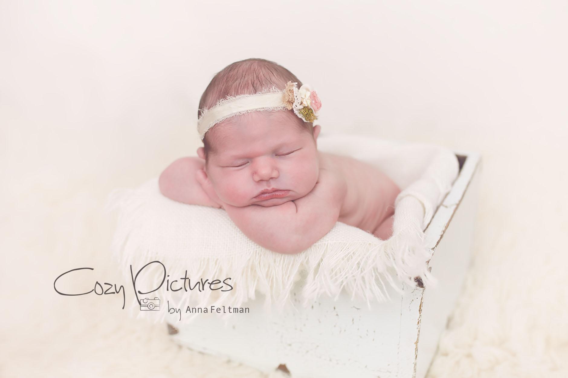 Newborn_Orlando_10_cozy_pictures.jpg