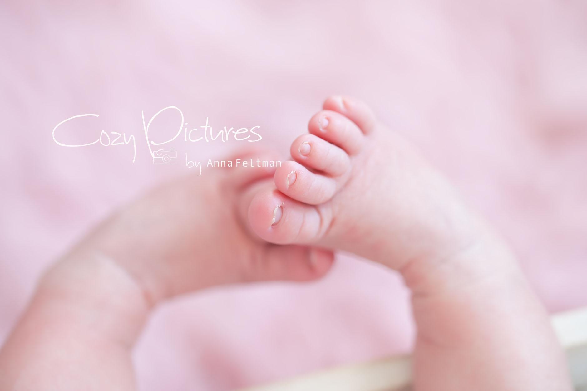 Newborn_Orlando_13_cozy_pictures.jpg