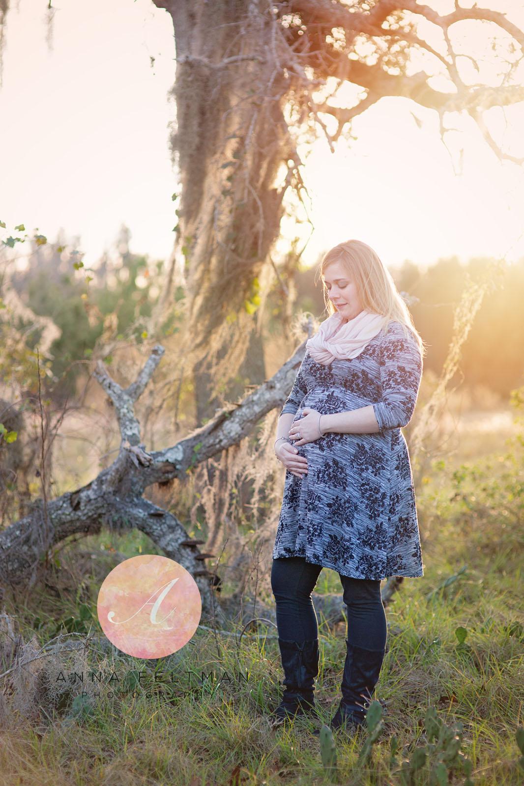 Clermont Maternity Photographer.jpg