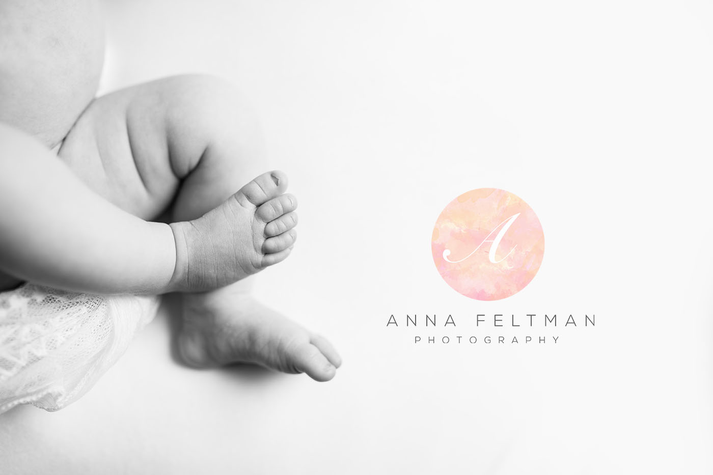 Newborn Feet Details Photographer Orlando.jpg