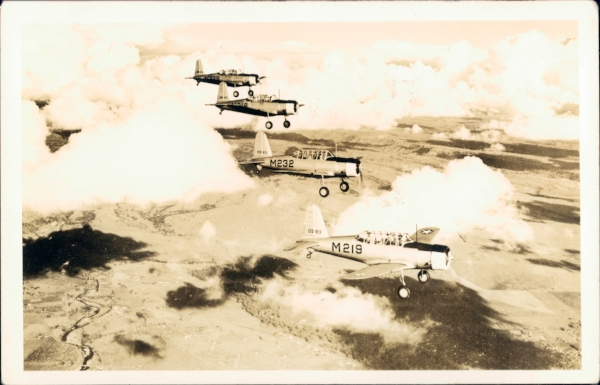 Bruland traiing planes in formation