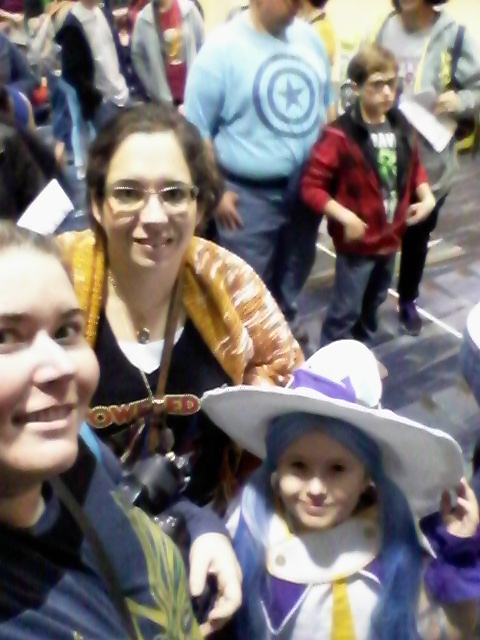 Lotus, daughter and her sister attend New Orleans Comic Con 2016