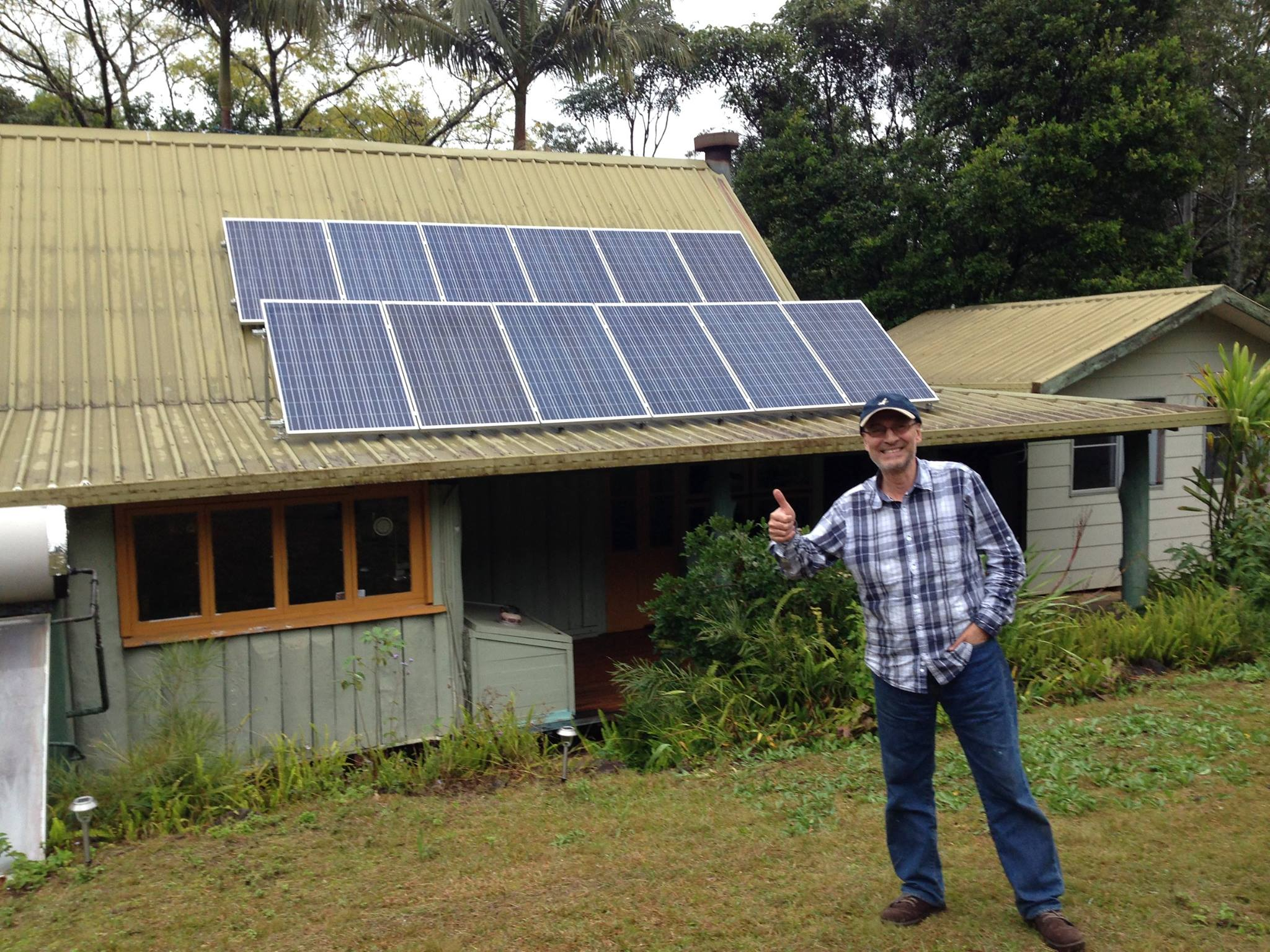 Geoff's 3kw system, norther NSW . Working well.