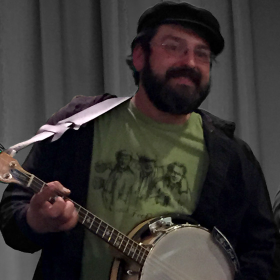 RICHIE MAGGS, BANJO, VOCALS
