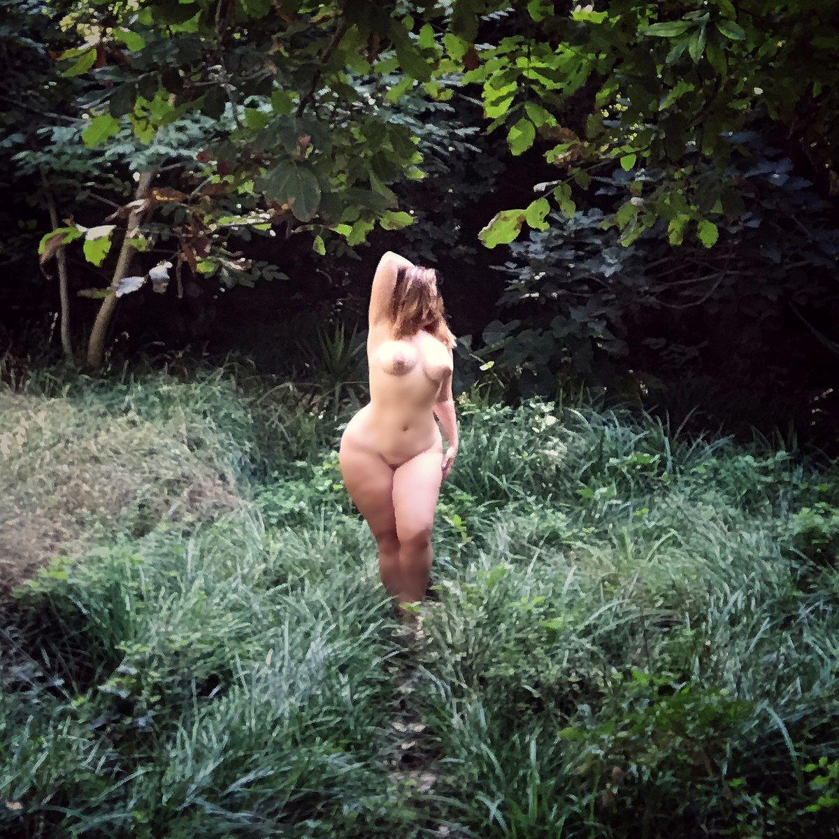 BBW_Curvy_Courtesan_Ivy_Grace_.Greecejpg.jpg