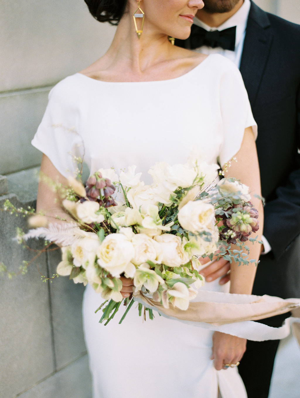 Classic yet Modern Wedding | Savannah, Georgia - A fresh and contemporary design against the backdrop of historical downtown SavannahPublished in Once Wed
