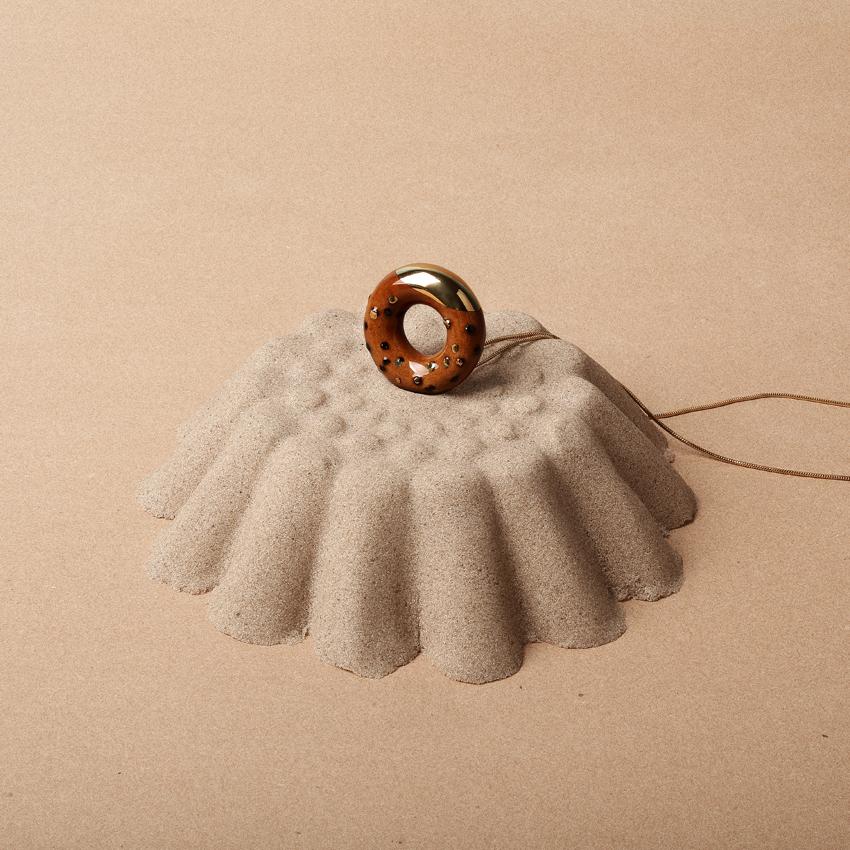 TADAM doughnut necklace with gold