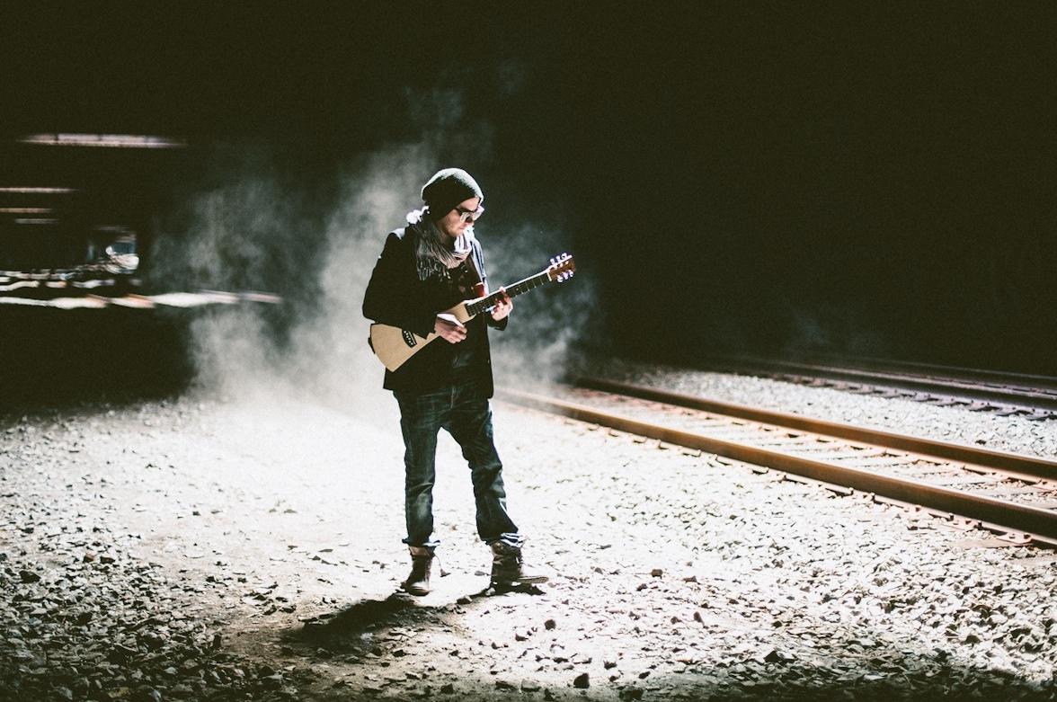 Guitar-color.jpg