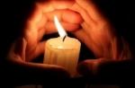 candle2.jpg