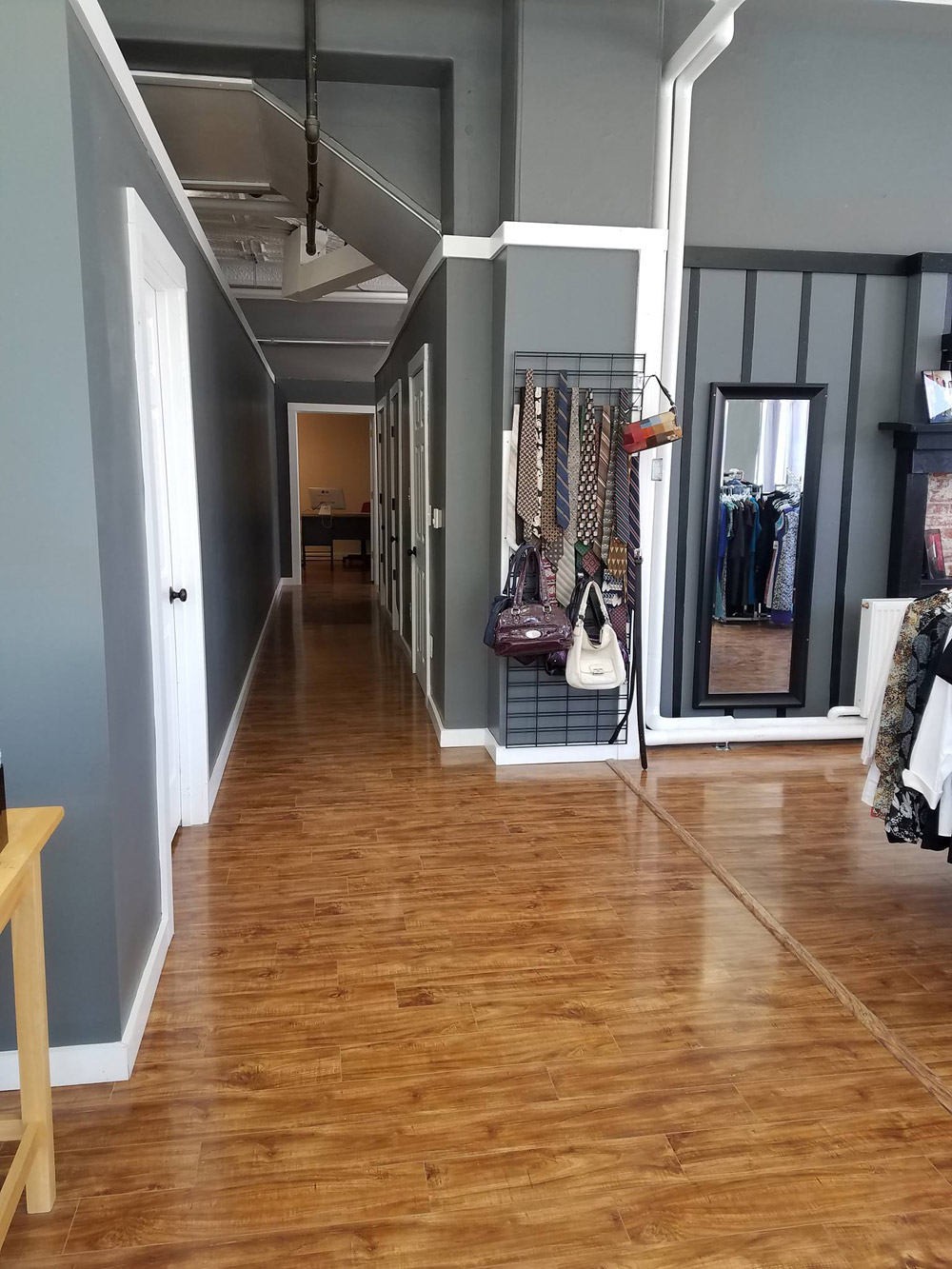 Shining Success, boutique interior