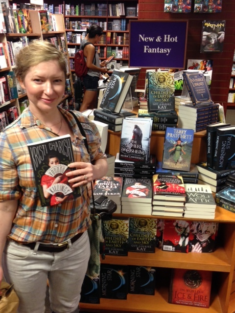 Stealth signing my books at the Rideau Chapters in Ottawa! (photo Alex Renwick).