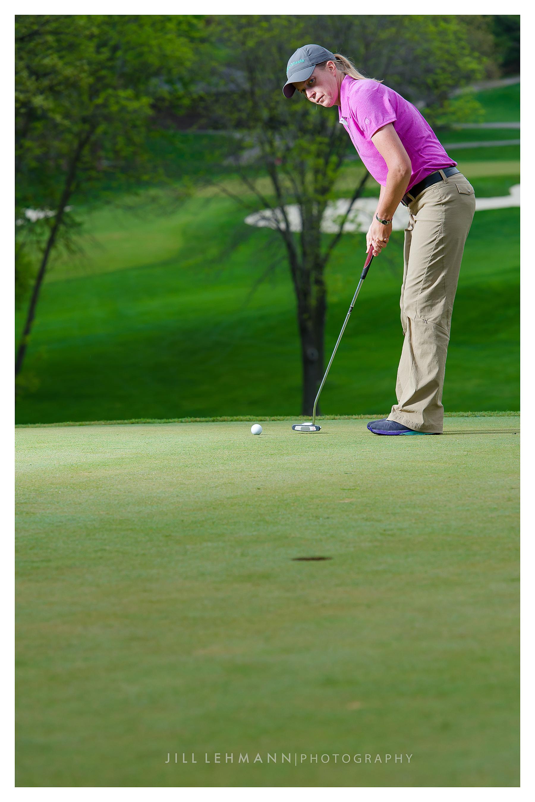 Sarah Bidney - Golf Pro on the course