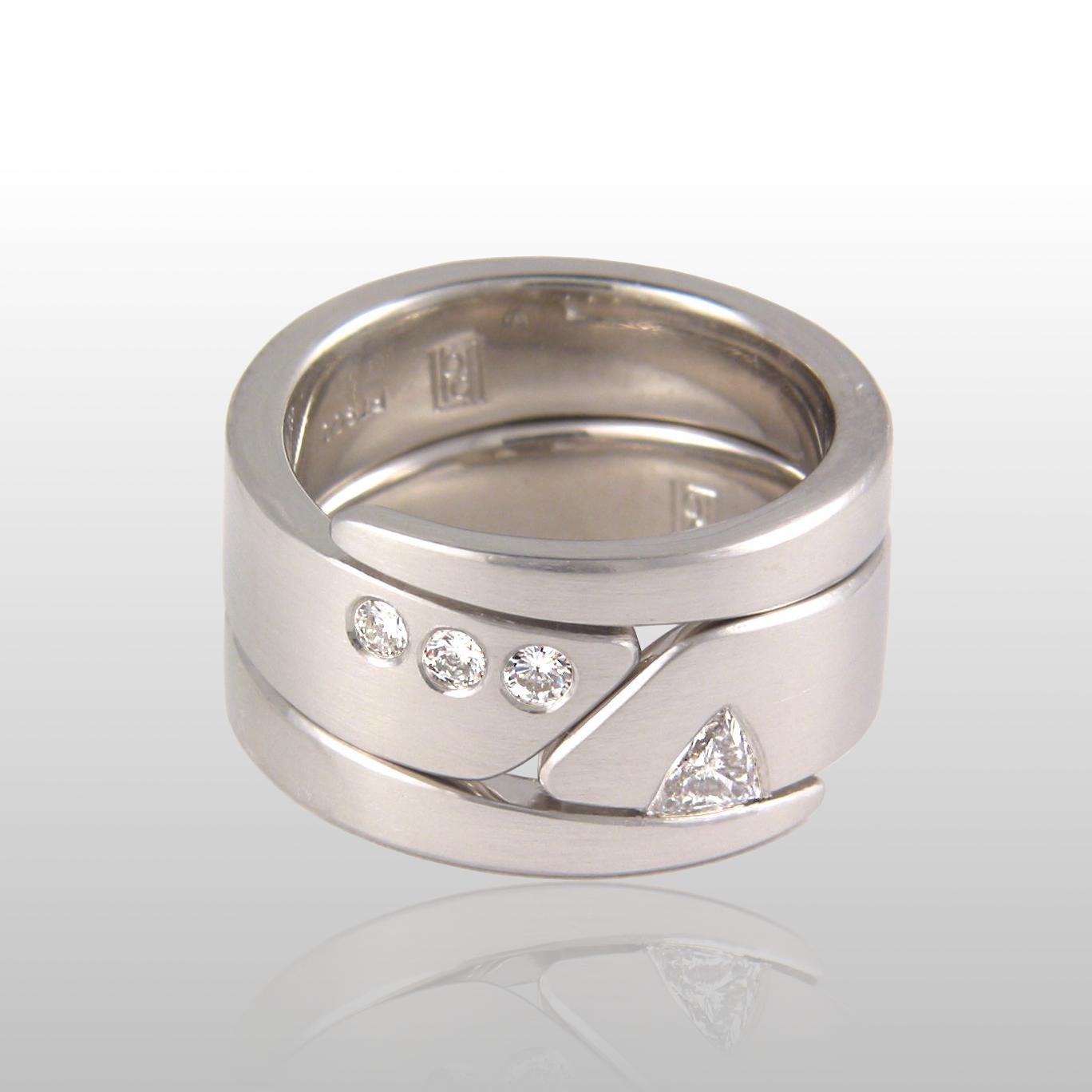 Contemporary wedding band set 'Duo' in platinum with diamonds by Pratima Design Fine Art Jewelry