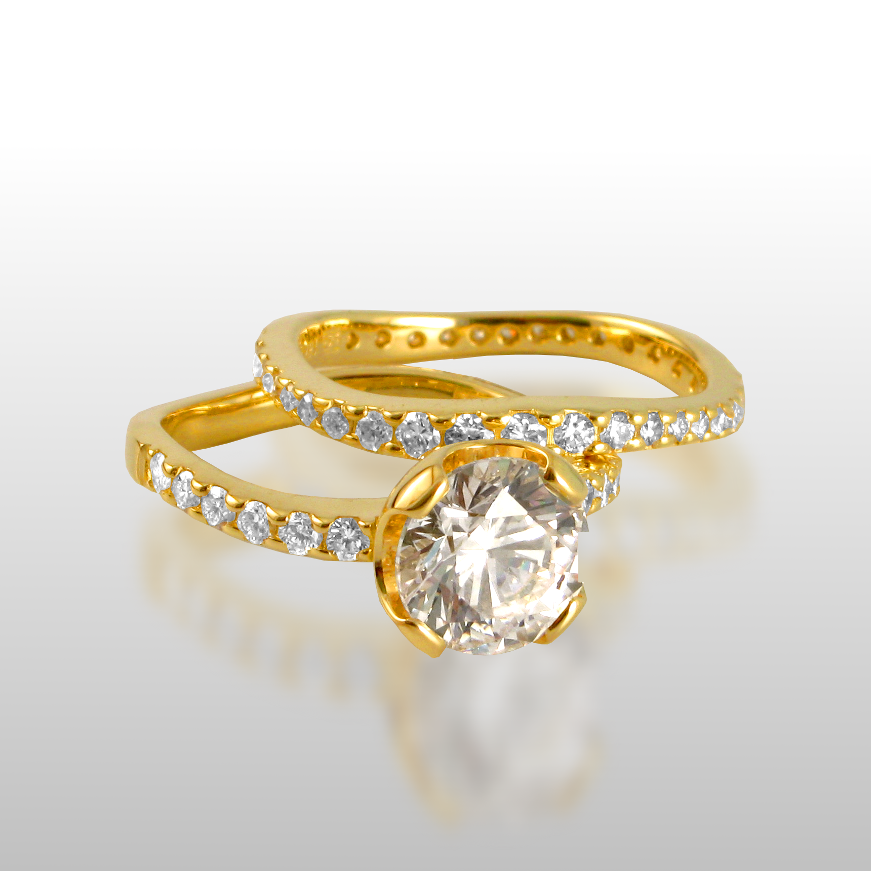 Wedding ring set 'lamello' - solitaire and eternity band - in 18k gold or platinum by Pratima Design Fine Art Jewelry