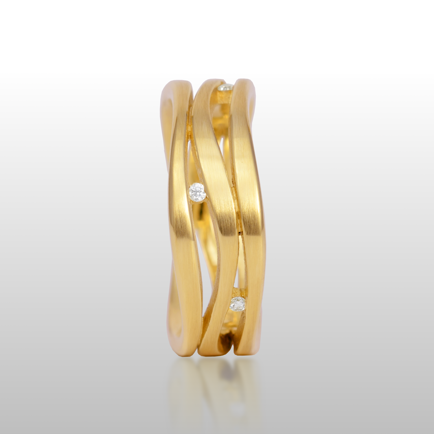 Wave Ring in 18k Gold or Platinum 'Lamello 3' by Pratima Design Fine Art Jewelry
