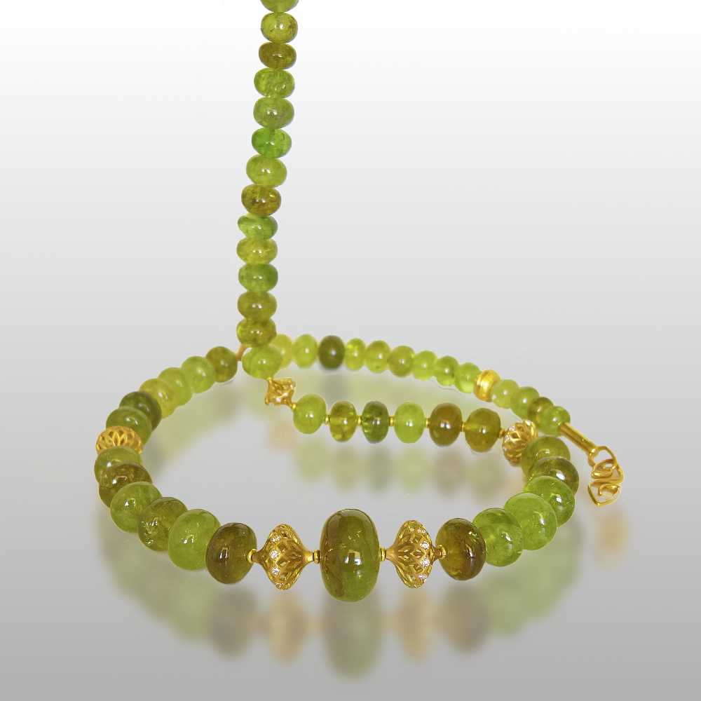 Grossular Garnet Necklace from the 'Fiesta' Collection. 18k Gold Diamond Filigree Beads and 18k Gold Elements and Signature Clasp by Pratima Design Fine Art Jewelry Maui