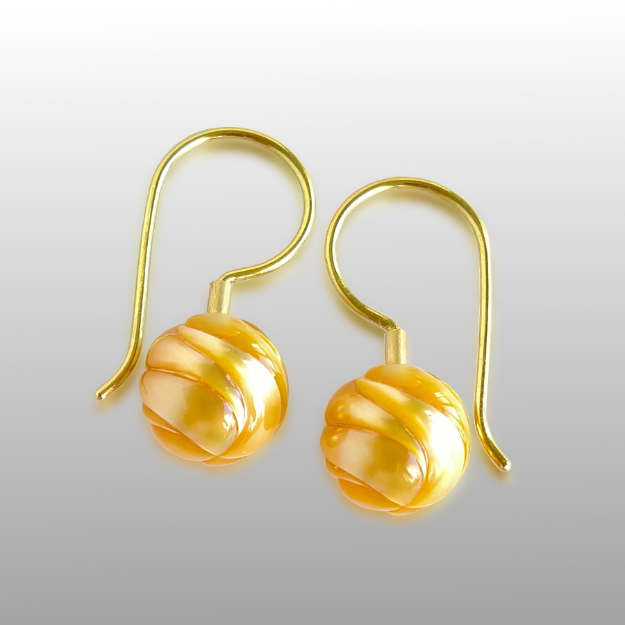 Golden South Sea Carved 'GALATEA' Pearl Earrings in 18k gold by Pratima Design Fine Art Jewelry Maui, Hawaii